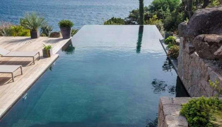 Avoir une piscine chez soi ? Jetez-vous à l'eau ! 💦