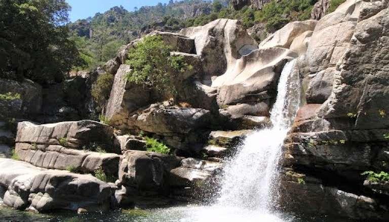 3 lieux magiques pour profiter de l'été indien à Corte 🌞