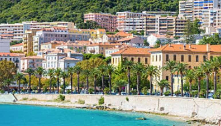 À la une : le statut de résident en Corse ! 🔎